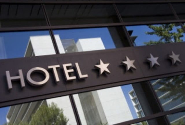 star1 استفاده از الگوی نروژی و فرانسوی، در تدوین ضوابط درجهبندی هتلها
