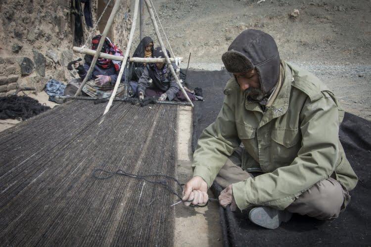 سیاه چادر بافی خراسان جنوبی