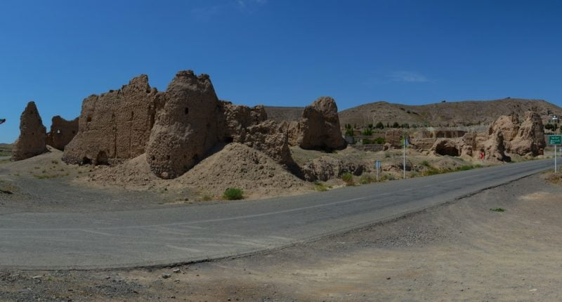 31 قلعه برکوه