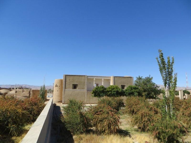 33 قلعه اسدیه