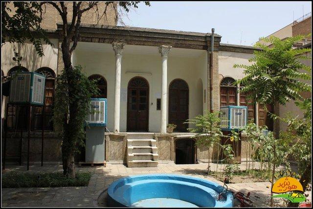 95101710389_1483671065 توضیح مدیرکل تهران درباره جابهجایی معاونت صنایعدستی