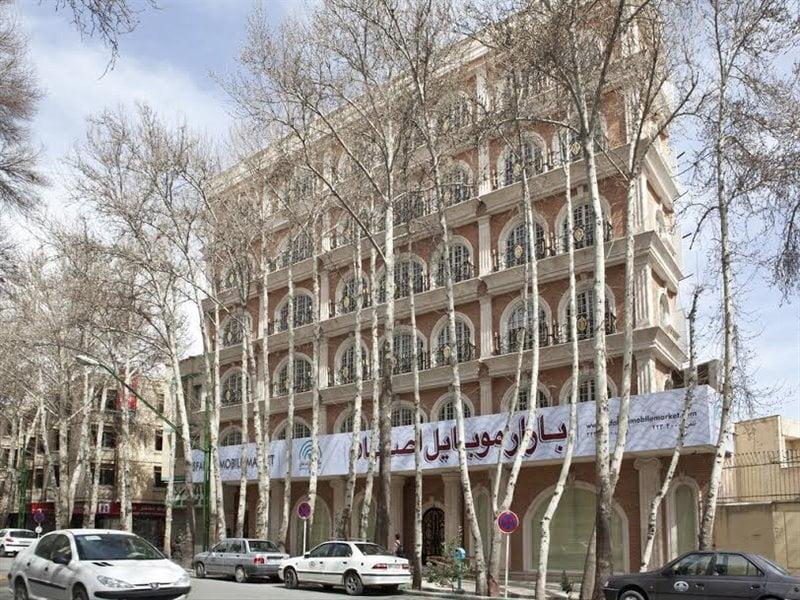 بازار موبایل اصفهان