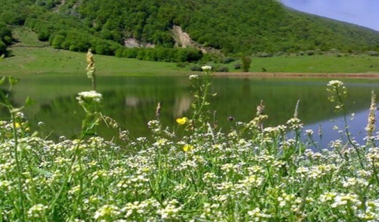 دریاچه یسان