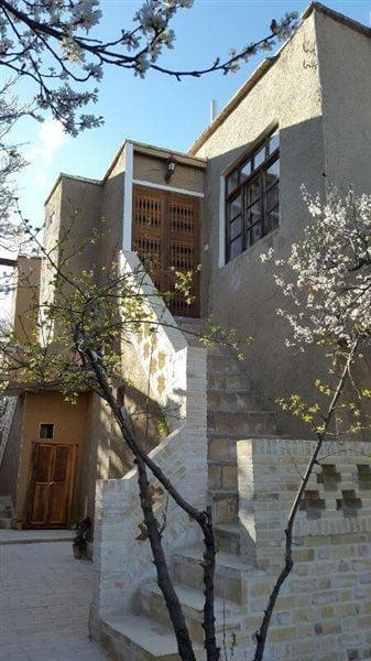 اقامتگاه بوم گردی کوشک آقامحمد قمصر