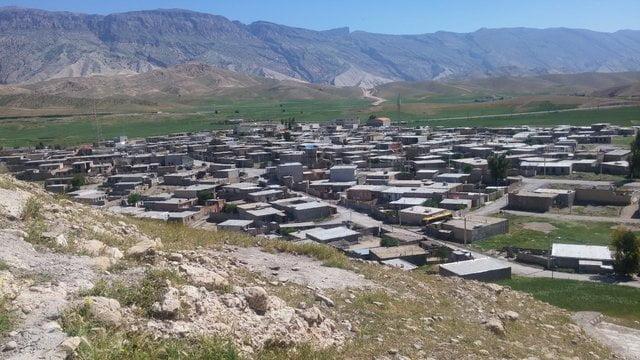 گردشگران خارجی راه استان ایلام را یاد گرفتهاند