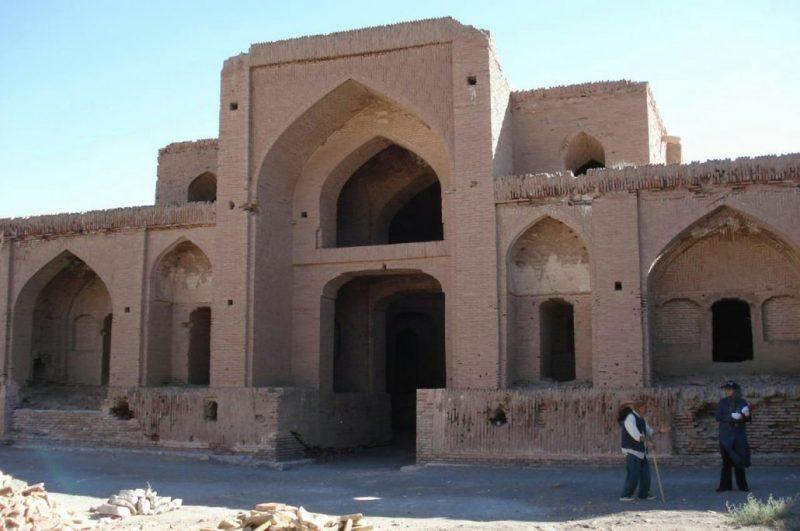 ابراز تمایل هتلداران خراسان برای بهرهبرداری از بناهای تاریخی