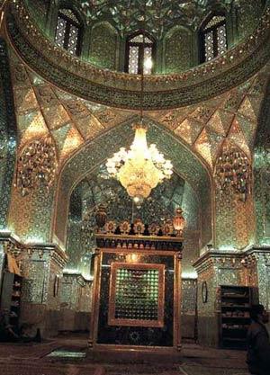 آرامگاه علی بن حمزه (ع)