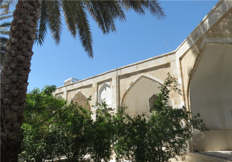 مدرسه خان جهرم