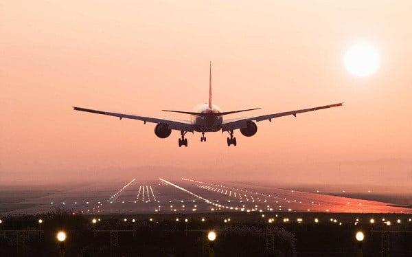 بلیط هواپیمای چارتر بهتر است یا سیستمی؟