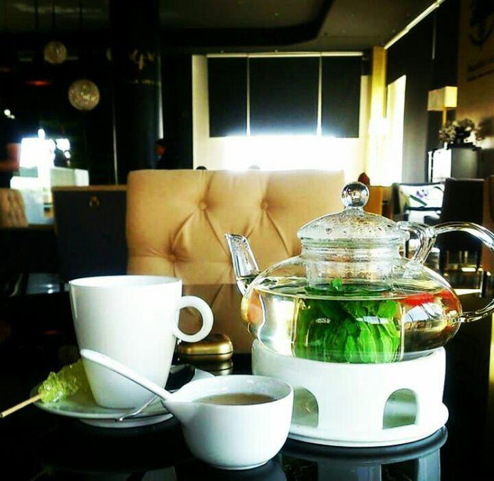 کافه زندگی زیبا تهران