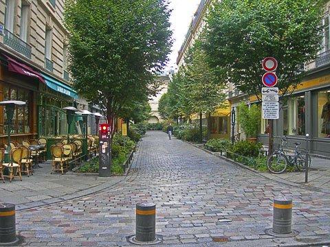 نمونههای خارجی پیادهراههای گردشگری