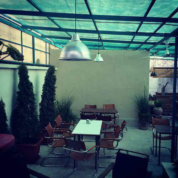 کافه آپ آرت مان تهران