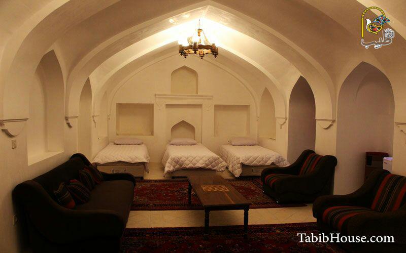 هتل سنتی خانه تاریخی طبیب شوشتر