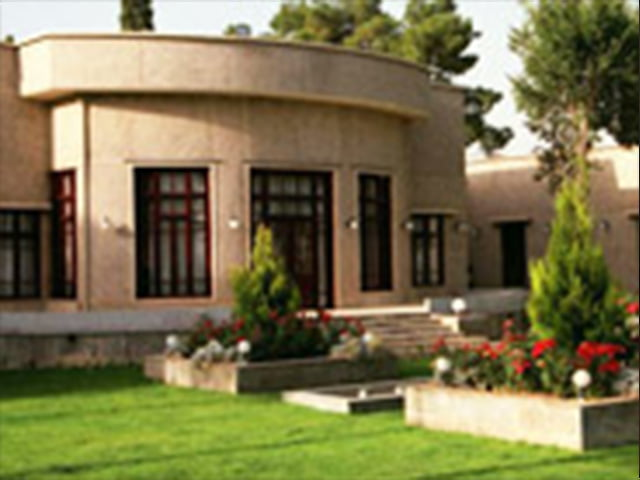 هتل آپادانا تخت جمشید شیراز