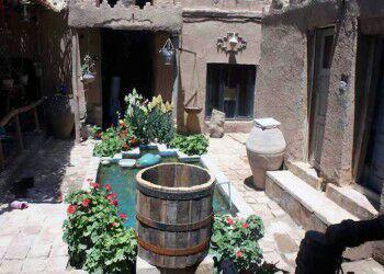 -بومگردی-کلبه-آقامیر-شیراز2 اقامتگاه بومگردی کلبه آقامیر شیراز