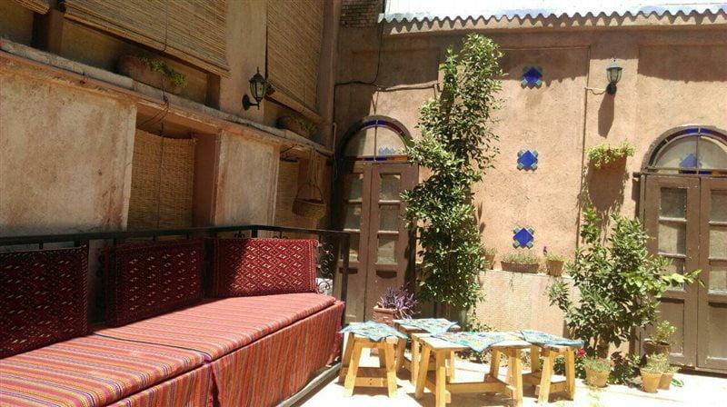 اقامتگاه بوم گردی سووشون شیراز
