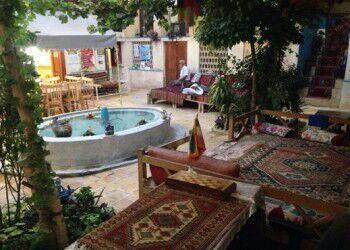 اقامتگاه بوم گردی گلشن راز اقامتگاه بوم گردی گلشن شیراز