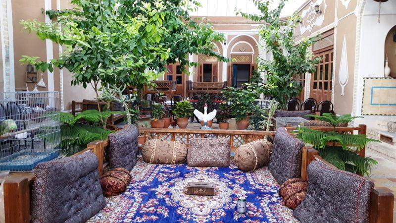 اقامتگاه بومگردی خشت آباد یزد
