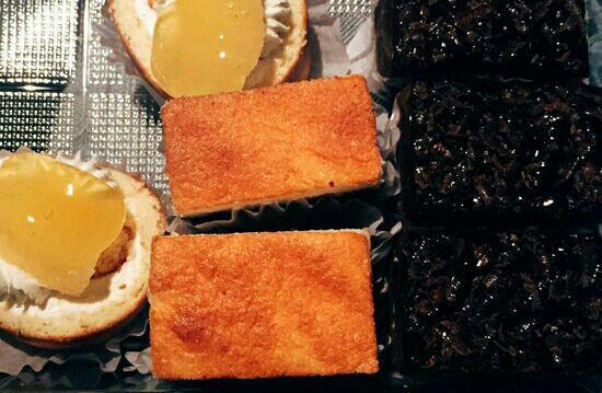 شیرینی فروشی شان بابا تهران