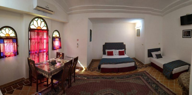 هتل سنتی خانه نگین کاشان