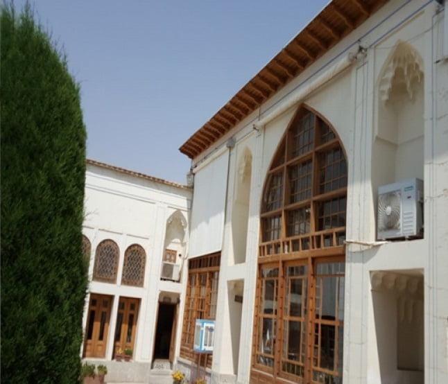 خانه كدخدایی اصفهان