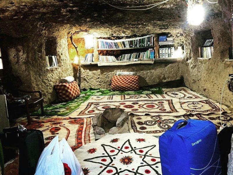 اقامتگاه بوم گردی میمند شهر بابک