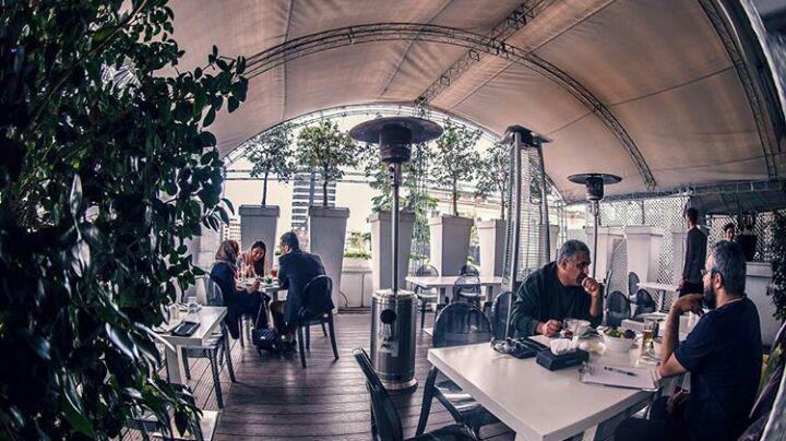 رستوران مانسون لانژ تهران