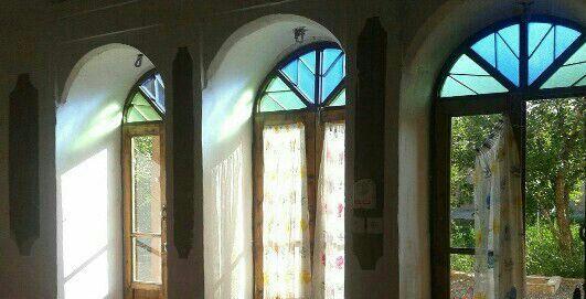 اقامتگاه بومگردی کاروانسرای عامری زواره