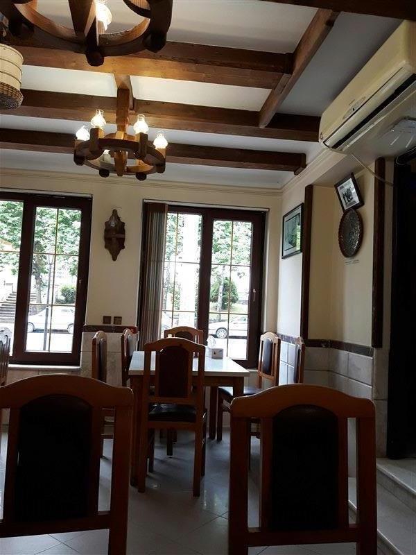 رستوران زیبا