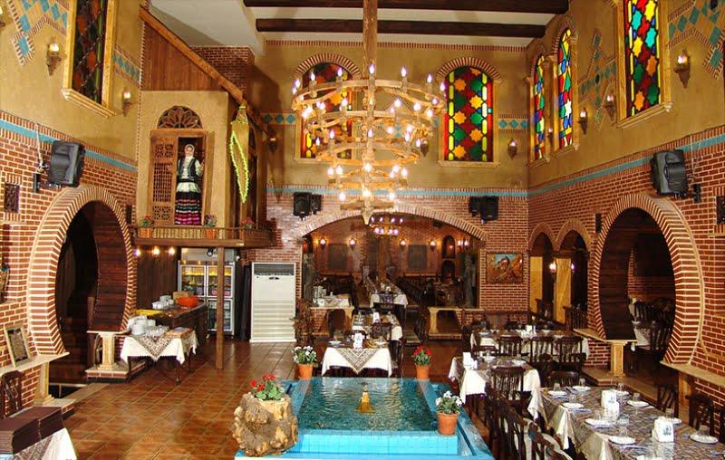 رستوران سنتی مهتاب لاهیجان