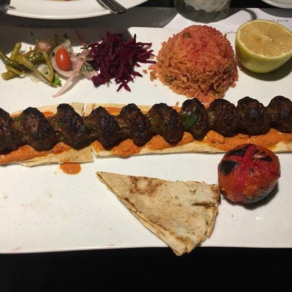 رستوران هترا تهران