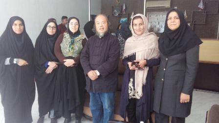 -بافقی هنرمندان بافقی به کارگاه تخصصی بین المللی حصیربافی قشم اعزام شدند