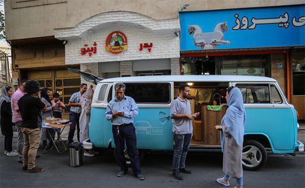 وی کافه؛ نخستین کافی شاپ سیار تهران