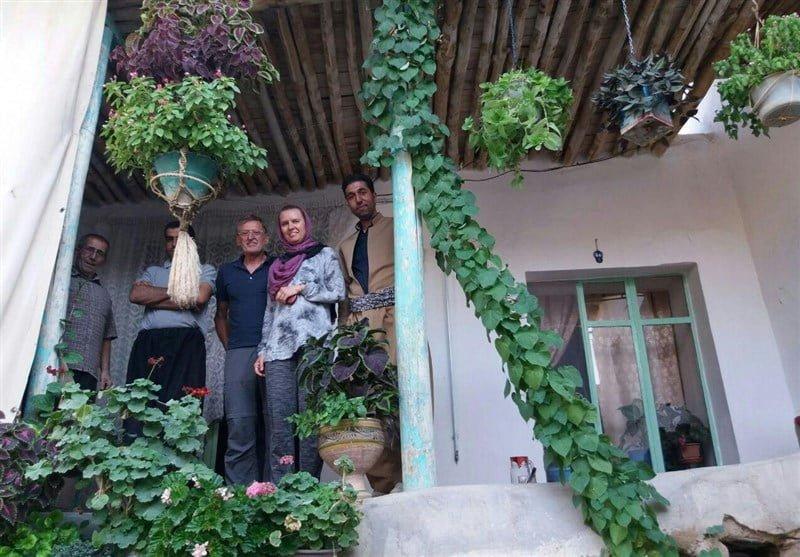 اقامتگاه بومگردی آرتین دینور