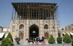 گردشگران در نوروز ۹۷ از کاخ عالیقاپو بدون داربست بازدید میکنند