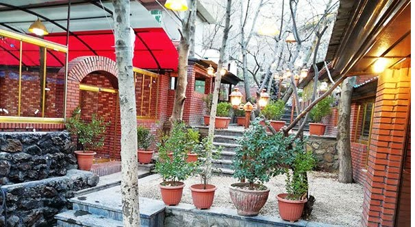 رستوران ساحلی غزال فشم