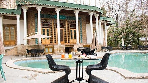 کافه رستوران میتا تهران