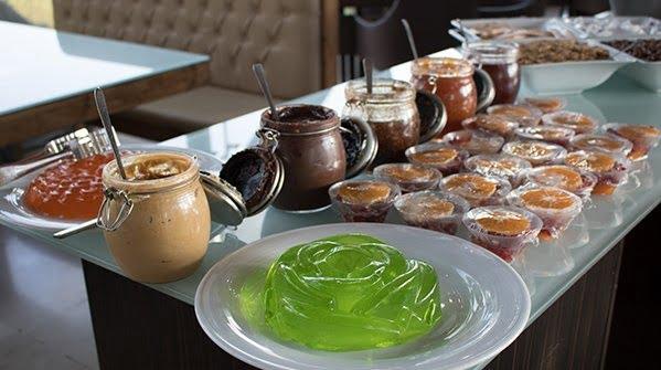 رستوران ملل پل طبیعت تهران