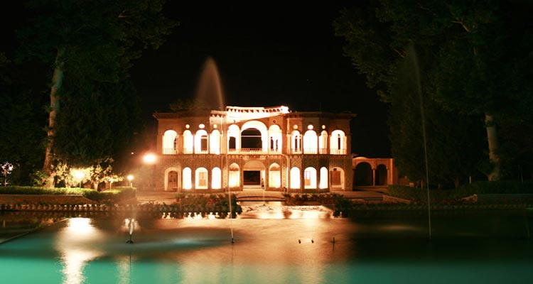 باغ شاهزاده ماهان از جاهای دیدنی کرمان جاهای دیدنی کرمان در بهار