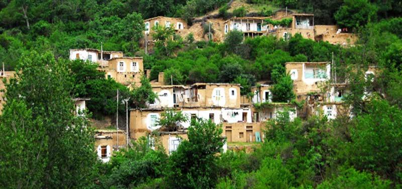 روستای اشتبین جاهای دیدنی جلفا در بهار