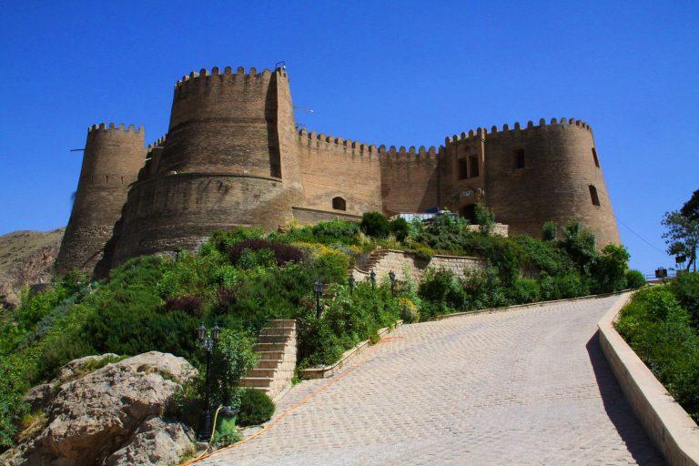 قلعه فلک الافلاک از جاهای دیدنی خرم آباد