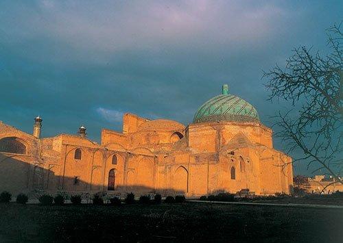 مسجد جامع قزوین جاهای دیدنی قزوین در بهار