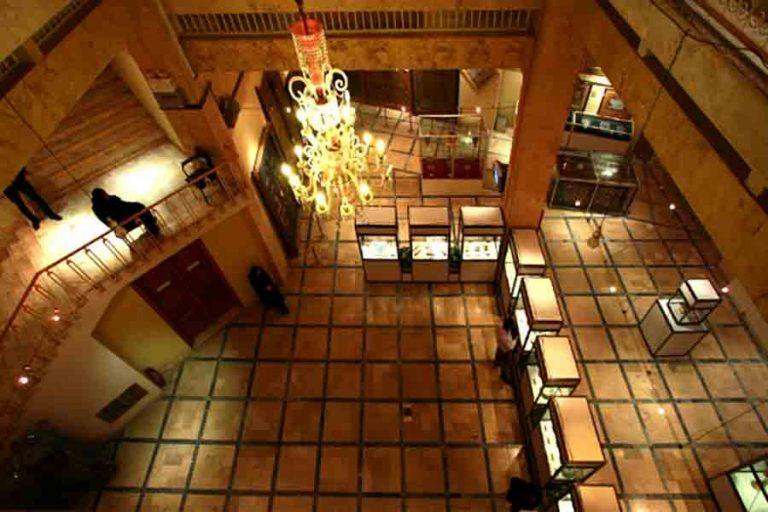 موزه آستان مقدس حضرت معصومه جاهای دیدنی قم در بهار