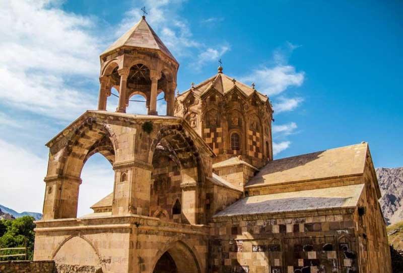 کلیسای سن استپانوس جاهای دیدنی جلفا در بهار