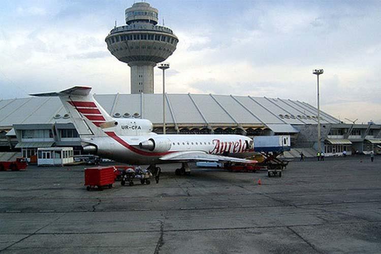 توسعه زیرساخت های فرودگاهی لازمه گردشگری است