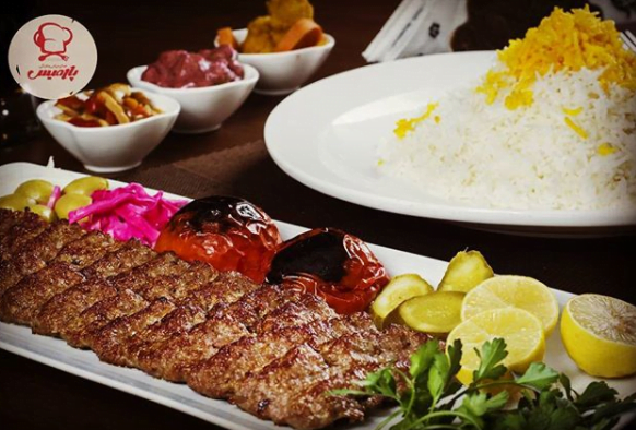 رستوران ایرانی و فرنگی پارمیس
