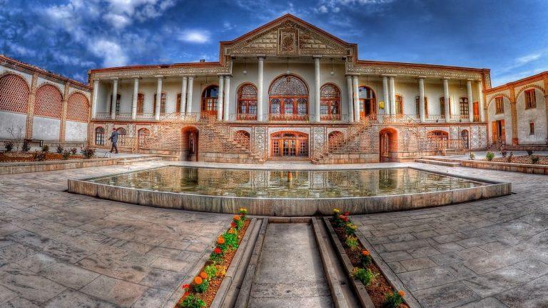 موزه قاجار از جاهای دیدنی تبریز جاهای دیدنی تبریز (معرفی 100 جاذبه با عکس)
