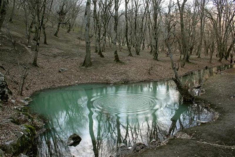 چشمه لال