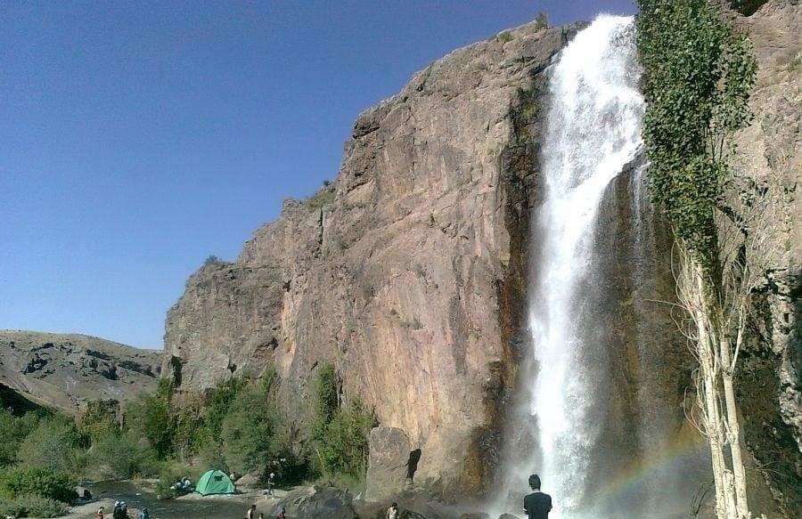 آبشار اسکندر از جاهای دیدنی تبریز جاهای دیدنی تبریز (معرفی 100 جاذبه با عکس)