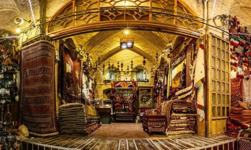 بازار وکیل از جاهای دیدنی ارژن جاهای دیدنی شیراز - 20 جاذبه برای تابستان